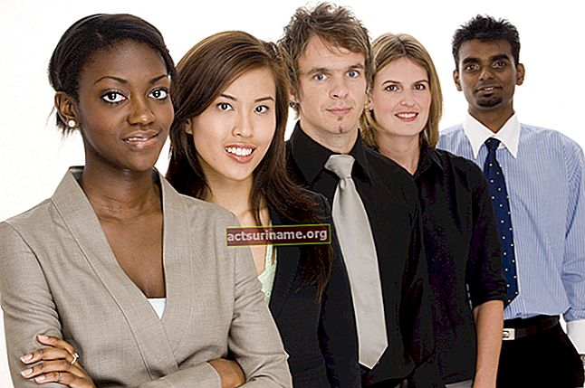 Какви са ползите от наемането на разнообразна работна сила?